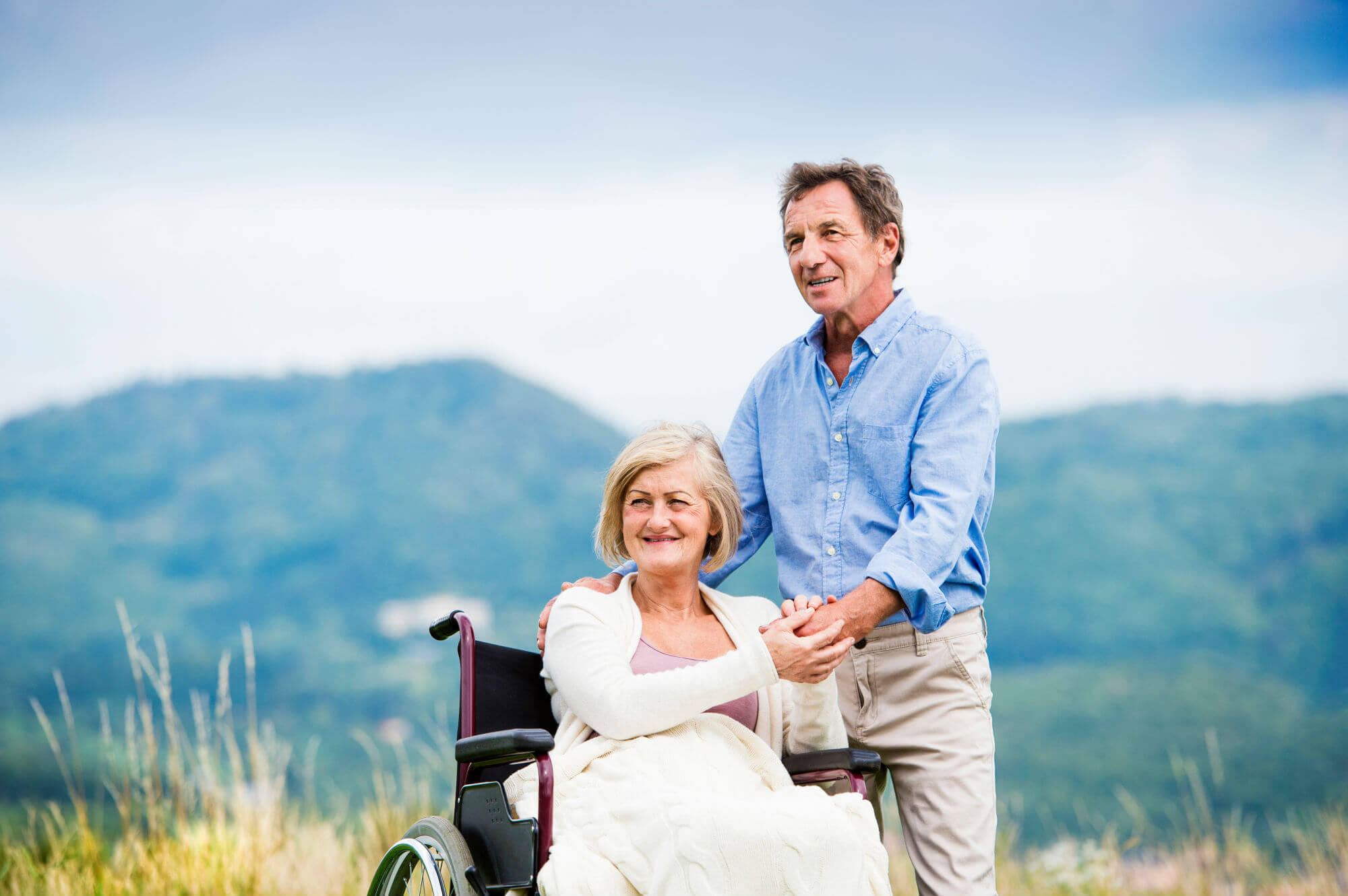 man_with_woman_wheelchair